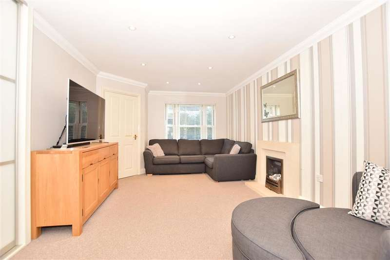 3 Bedrooms Terraced House for sale in High Street, , Rochester, Kent