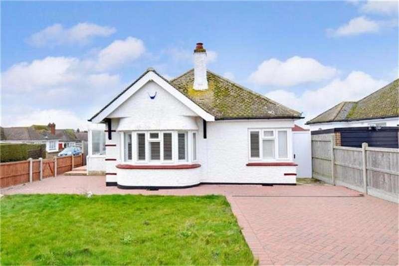 3 Bedrooms Detached Bungalow for sale in Coventry Gardens, Beltinge, Herne Bay, Kent