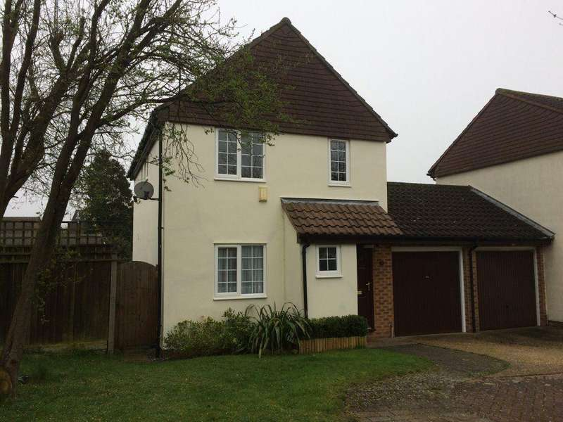 3 Bedrooms Detached House for rent in Thorley Park