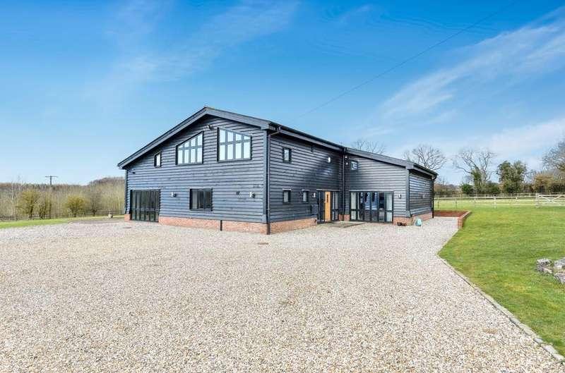 5 Bedrooms House for rent in Arrewig Lane, Chesham, Buckinghamshire, HP5