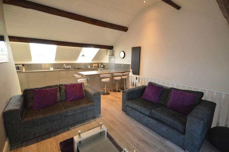 2 Bedrooms Apartment Flat for rent in The Cross, Lymm