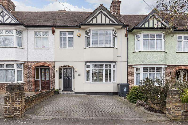 3 Bedrooms Terraced House for sale in Hurst Avenue, London, Greater London. E4