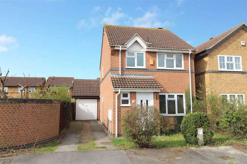 3 Bedrooms Detached House for sale in Broad Meadow, Pinewood, Ipswich