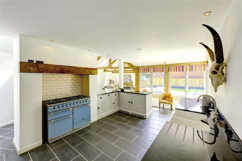 4 Bedrooms Detached House for sale in Long Toll, Woodcote, Reading, Oxfordshire, RG8