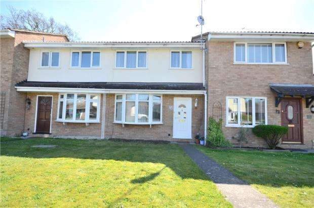 3 Bedrooms Terraced House for sale in Harvard Road, Claremont Wood, Sandhurst