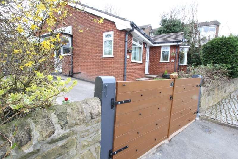 3 Bedrooms Detached Bungalow for sale in Barmhouse Lane, Hyde, SK14