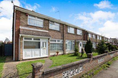 3 Bedrooms Semi Detached House for sale in Clydesdale Road, Luton, Bedfordshire, England