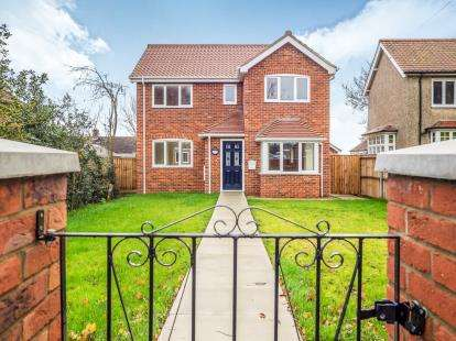 3 Bedrooms Detached House for sale in North Walsham, Norfolk