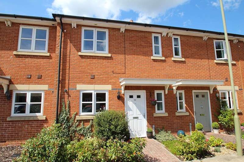 3 Bedrooms Terraced House for sale in Knowle Avenue, Fareham