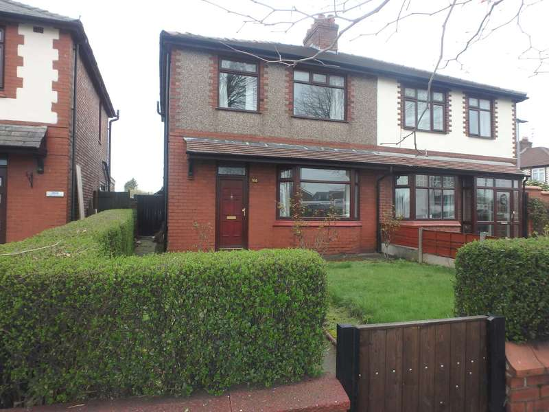 3 Bedrooms Semi Detached House for sale in Manchester Road, Warrington