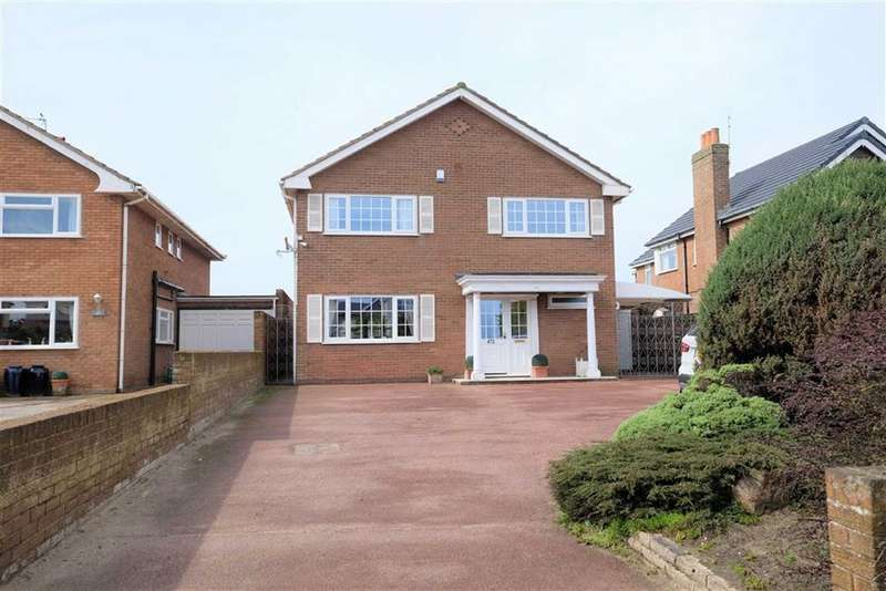 4 Bedrooms Detached House for sale in Clifton Drive North, St Annes
