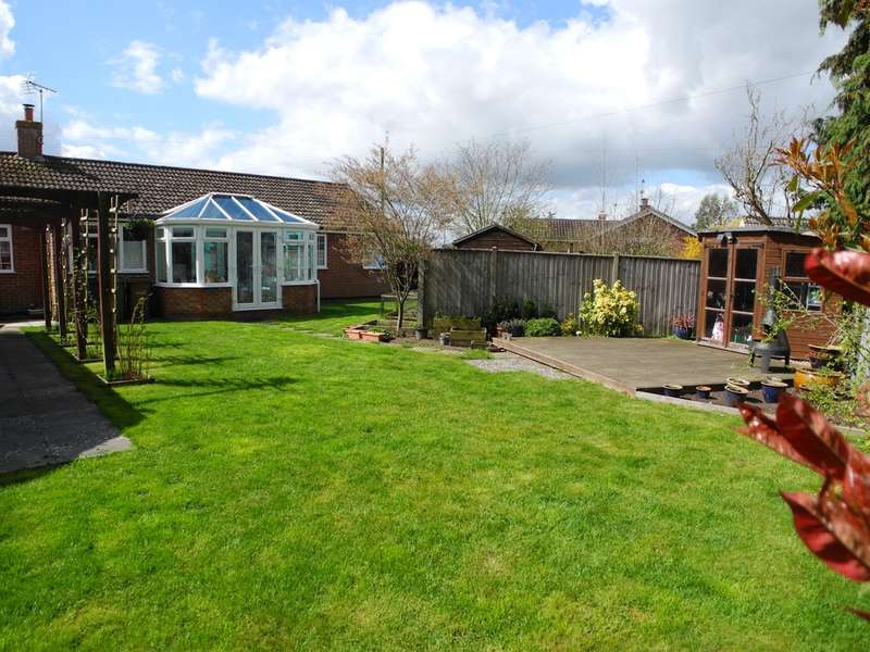 4 Bedrooms Detached Bungalow for sale in Woodland Drive, Kirby Cane