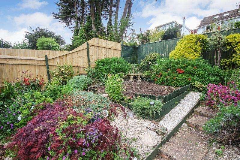2 Bedrooms Semi Detached Bungalow for sale in Edenvale Road, Paignton