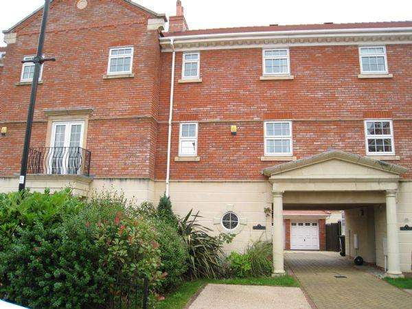3 Bedrooms Mews House for sale in Woodvale Court, Banks