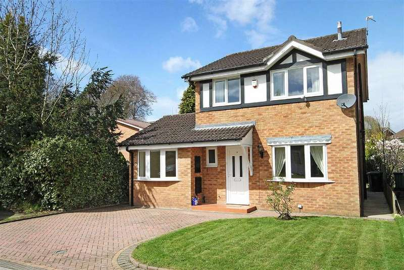 3 Bedrooms Detached House for sale in Tweed Close, Altrincham, Cheshire