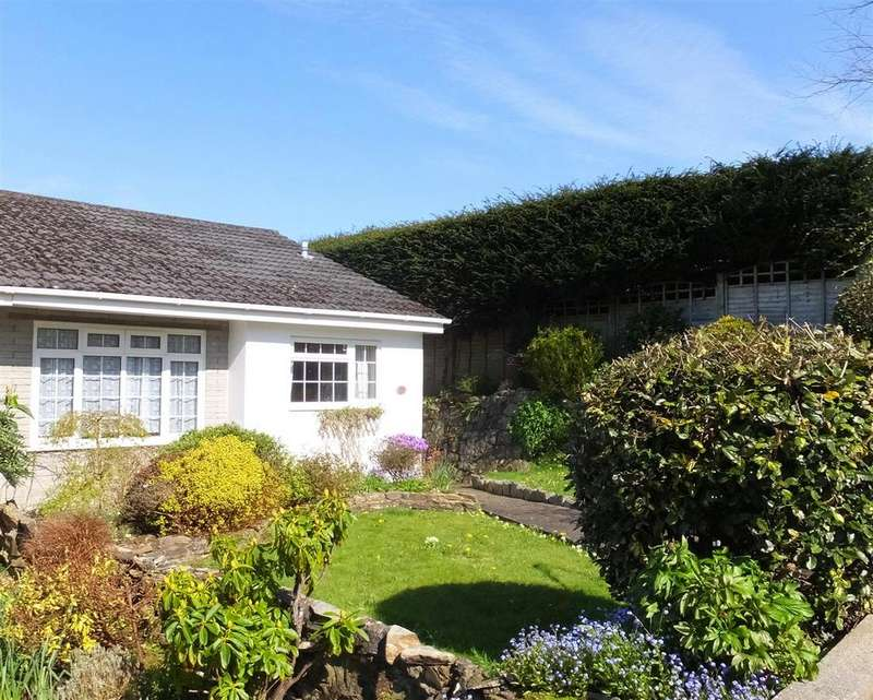 2 Bedrooms Semi Detached Bungalow for sale in Truro