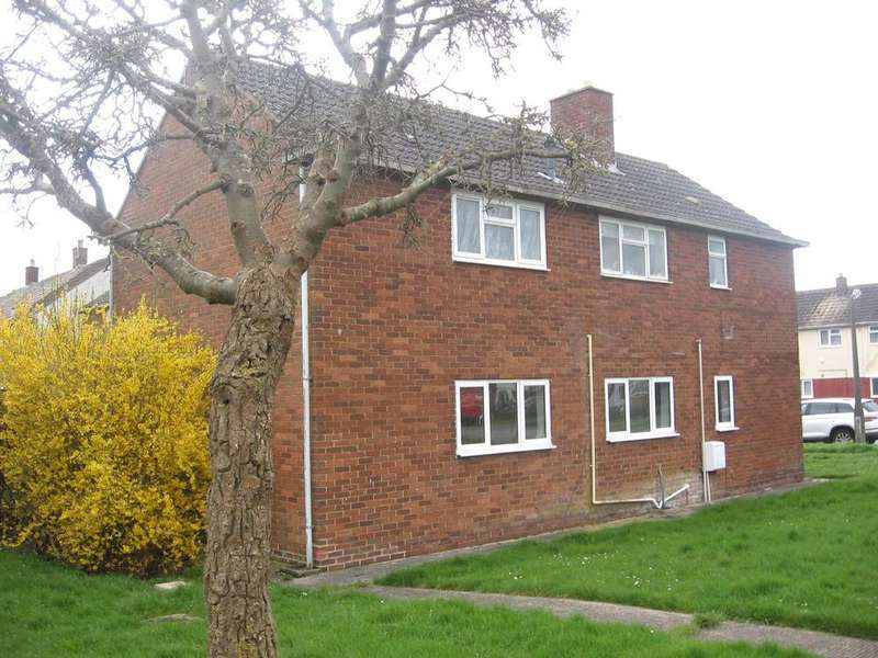 1 Bedroom Apartment Flat for sale in Welcombe Avenue, Park North, Swindon, Wiltshire, SN3