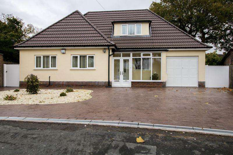 3 Bedrooms Detached Bungalow for sale in Walstead Road, Walsall