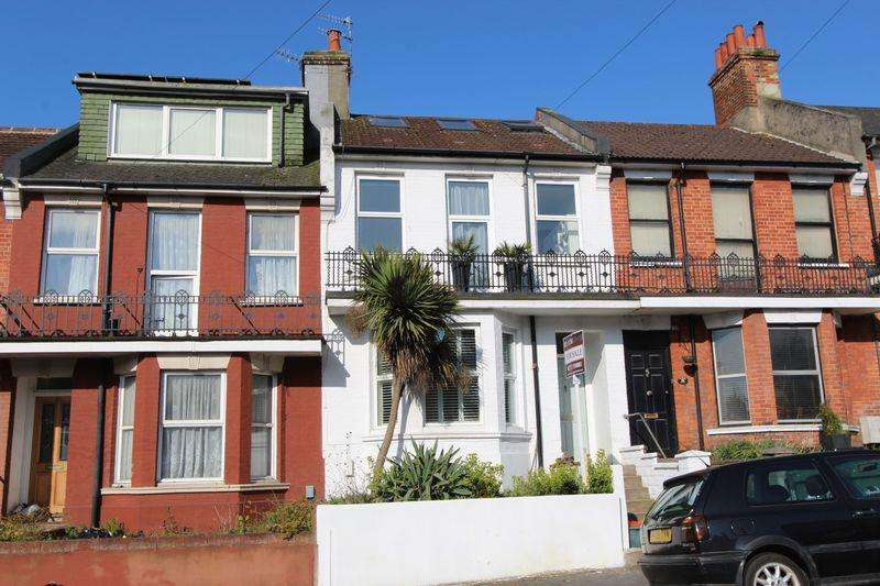 4 Bedrooms Terraced House for sale in Hollingbury Road, Brighton
