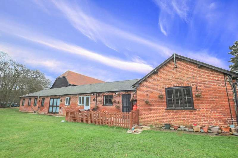 1 Bedroom Barn Conversion Character Property for rent in Plashes Farm, Colliers End, SG11