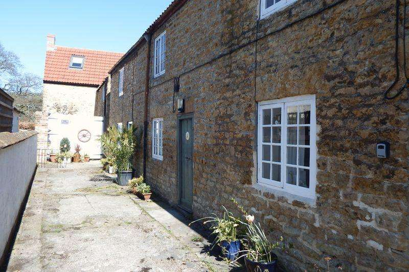 1 Bedroom Cottage House for sale in Bowditch Row, Crewkerne