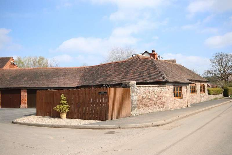 3 Bedrooms Barn Conversion Character Property for sale in Forge Courtyard, Canon Frome, HEREFORDSHIRE, HR8
