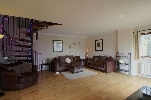 3 Bedrooms Terraced House for rent in Dog Bank, Newcastle Upon Tyne, UK