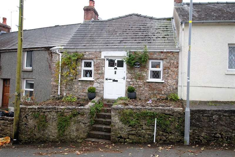 2 Bedrooms Cottage House for sale in Stoney Cottage, 5 Church Terrace
