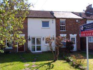 3 Bedrooms Terraced House for sale in The Freehold, Hadlow, Tonbridge, .