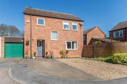 3 Bedrooms Detached House for sale in Fowlmere