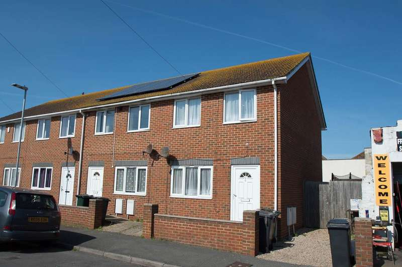 2 Bedrooms End Of Terrace House for sale in Latimer Road, Eastbourne
