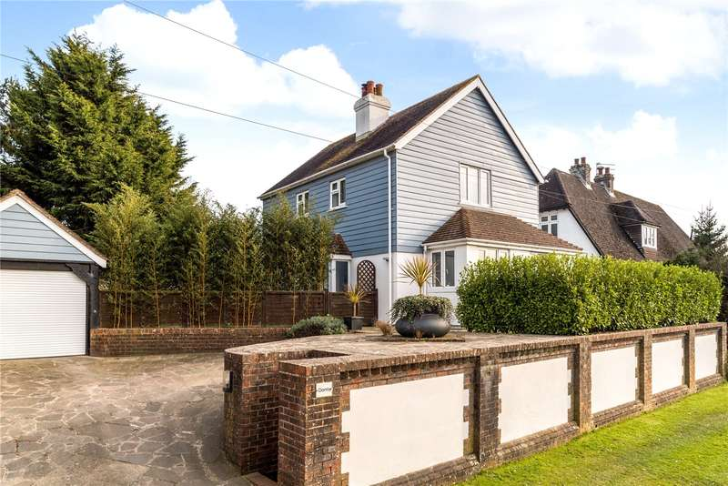 3 Bedrooms Detached House for sale in Fontwell Avenue, Eastergate, Chichester, PO20