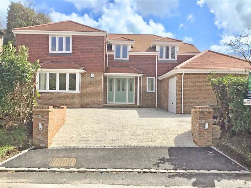 4 Bedrooms Detached House for sale in Ghyll Road, , Crowborough, East Sussex