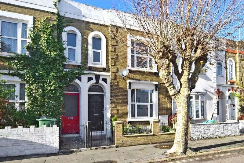 3 Bedrooms Terraced House for rent in Fitzroy Street Sandown PO36