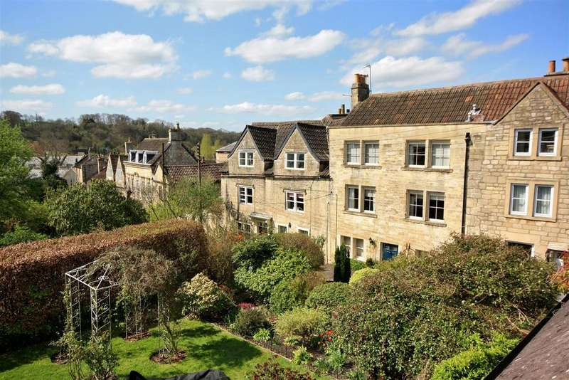 3 Bedrooms Terraced House for sale in St. Margarets Place, Bradford-On-Avon