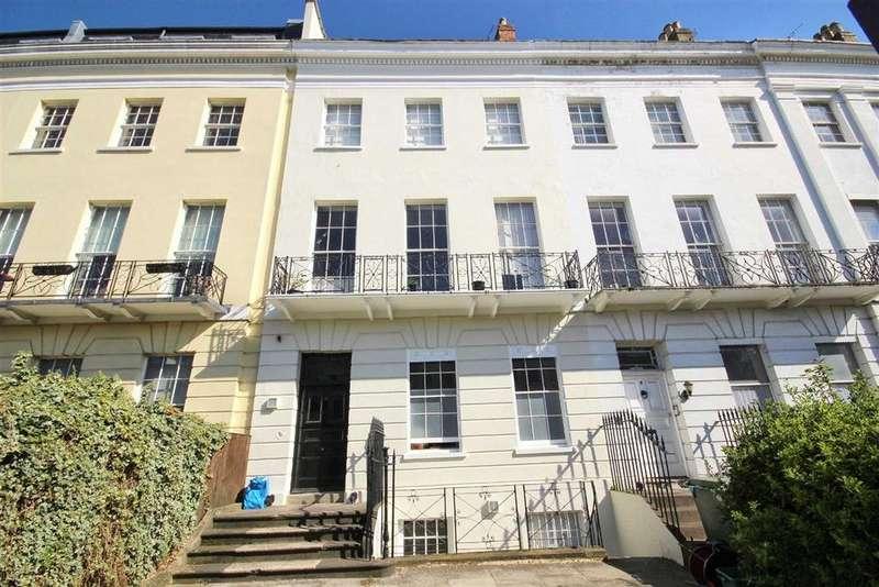 1 Bedroom Flat for sale in Evesham Road, Pittville, Cheltenham, GL52