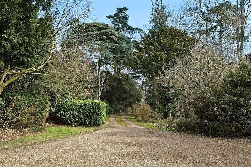 2 Bedrooms Detached House for sale in The Lodge, Breckey Ley, Nowton, Bury St. Edmunds, Suffolk, IP29