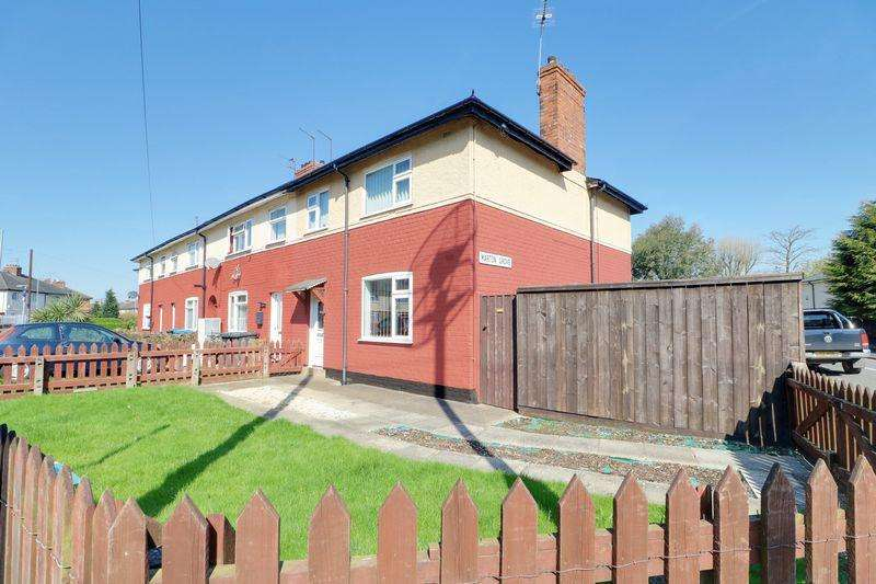 3 Bedrooms Terraced House for sale in The Quadrant, Hull