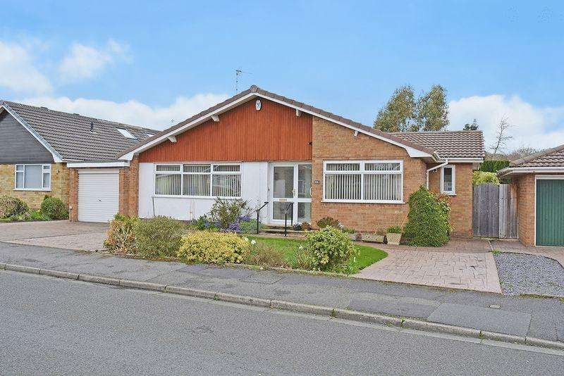 3 Bedrooms Bungalow for sale in Willow Lane, Appleton, Warrington