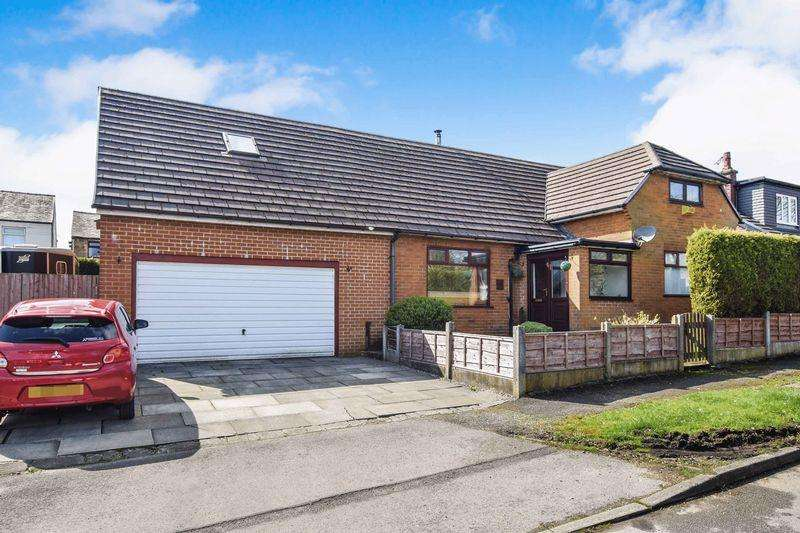 4 Bedrooms Detached House for sale in Dene Bank, Bradshaw