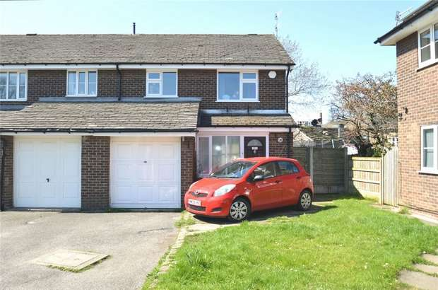 3 Bedrooms End Of Terrace House for sale in Vine Street, Bollington, Macclesfield, Cheshire
