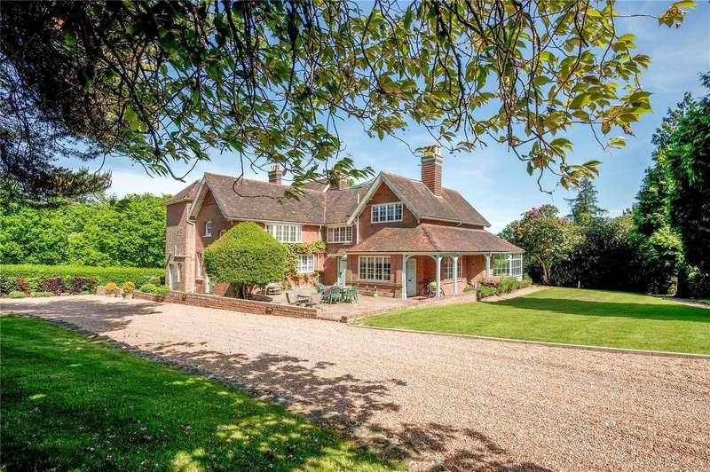 8 Bedrooms Detached House for sale in Old Heathfield, Heathfield