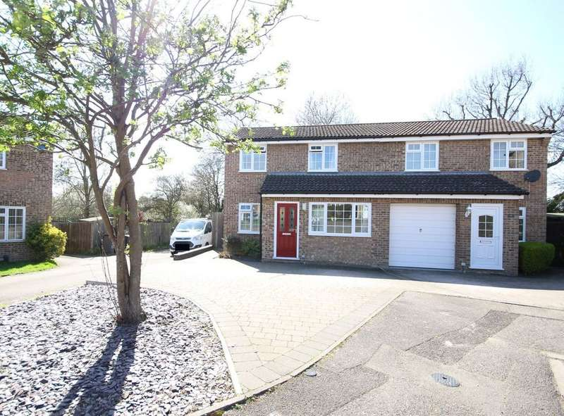 3 Bedrooms Semi Detached House for sale in LEYBOURNE