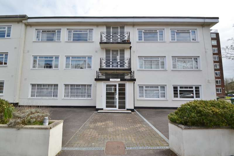 2 Bedrooms Flat for sale in Banister Park