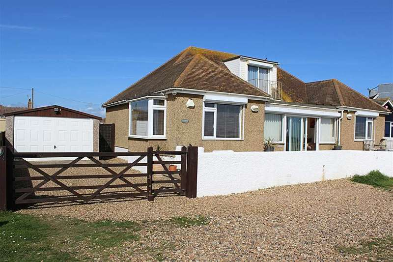 3 Bedrooms Detached House for sale in The Promenade, Peacehaven