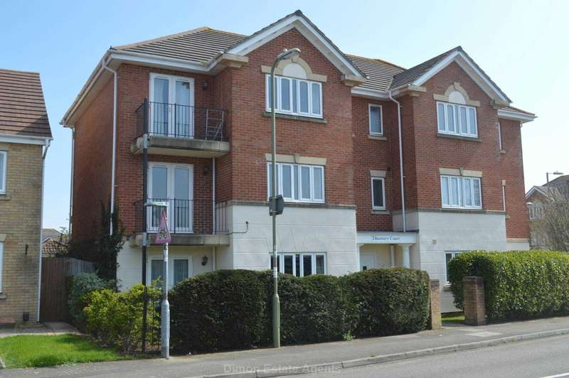 2 Bedrooms Flat for sale in St Helier Road, Priddy`s Hard
