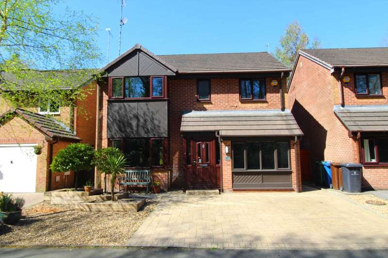 4 Bedrooms Detached House for sale in Butterstile Close, Prestwich