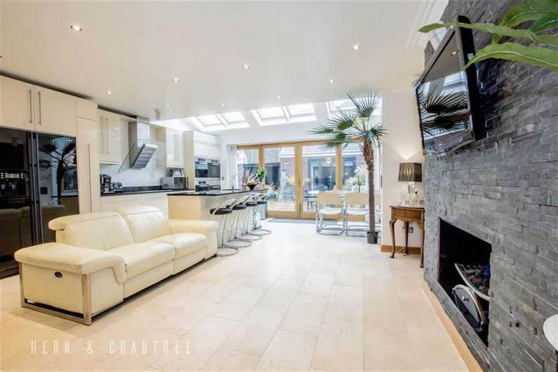 4 Bedrooms Semi Detached House for sale in Insole Grove East, Llandaff, Cardiff