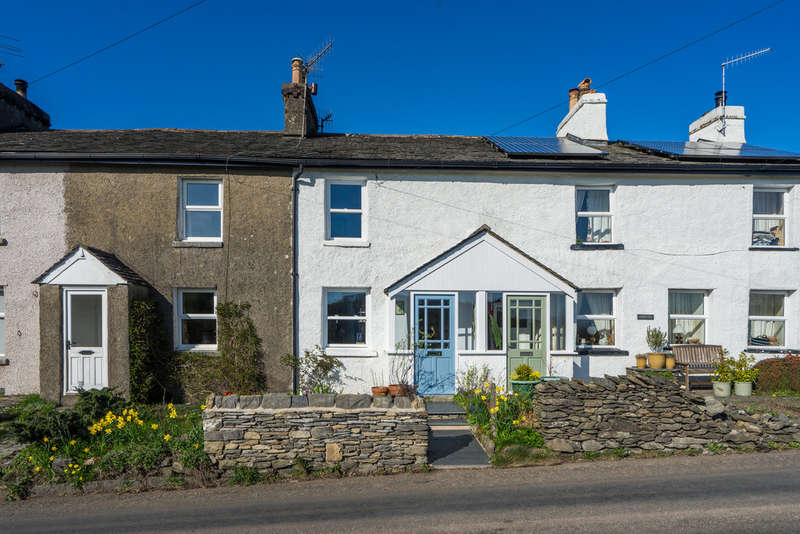 2 Bedrooms Terraced House for sale in 2 Sunny Point Cottages, Crook, Kendal, Cumbria, LA8 8LB