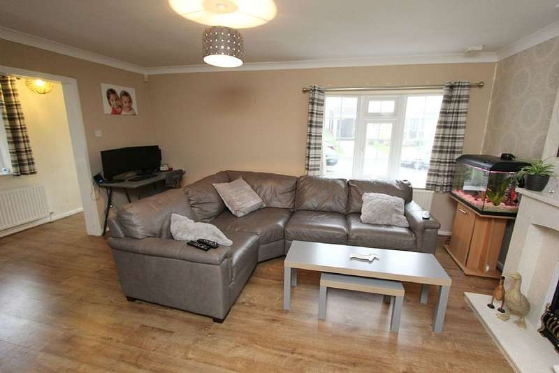 4 Bedrooms Detached House for sale in Kenneth Road, Arnold, Nottingham, Nottinghamshire, NG5 8HY
